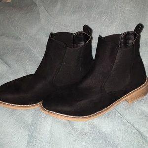 Seven7 Oakwood Chelsea Ankle Boots